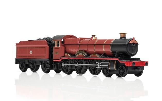 Corgi Harry Potter: 1/100 Hogwarts Express Diecast Model
