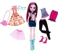 Monster High: Lots Of Looks - Draculaura Doll
