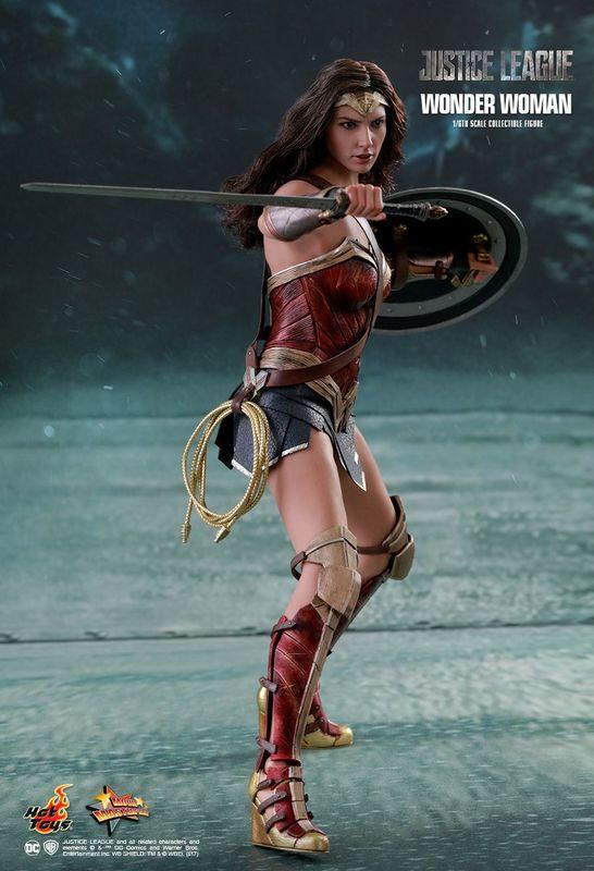 "Justice League: Wonder Woman - 12"" Figure"