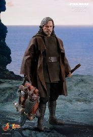 "Star Wars: The Last Jedi - Luke Skywalker (Deluxe Edition) - 12"" Action Figure"