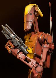 """Star Wars: Geonosis Commander Battle Droid - 12"""" Figure"""