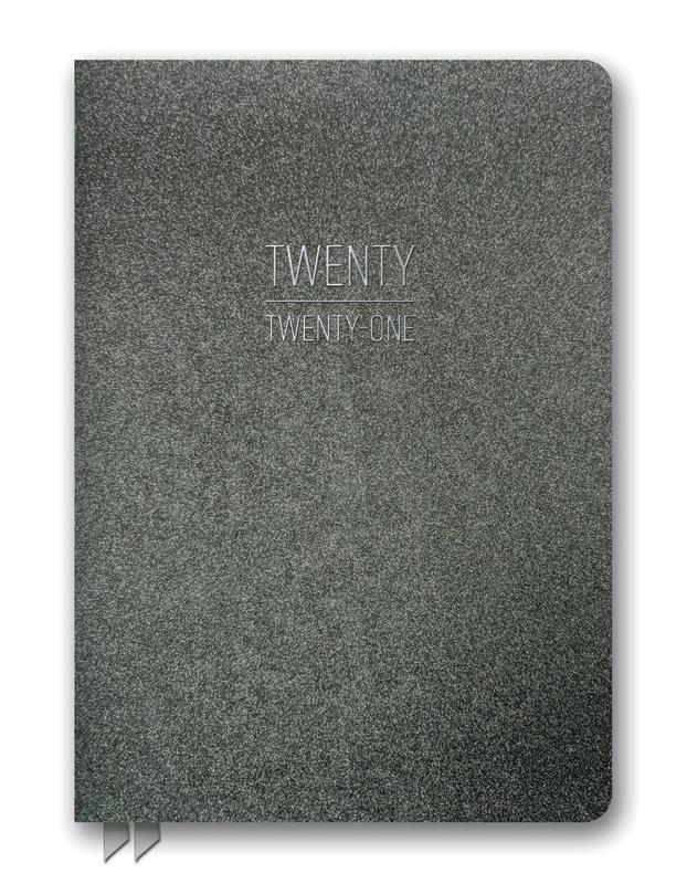 Orange Circle Studio: Leatheresque Medium Weekly Agenda 2021 - Charcoal Shimmer