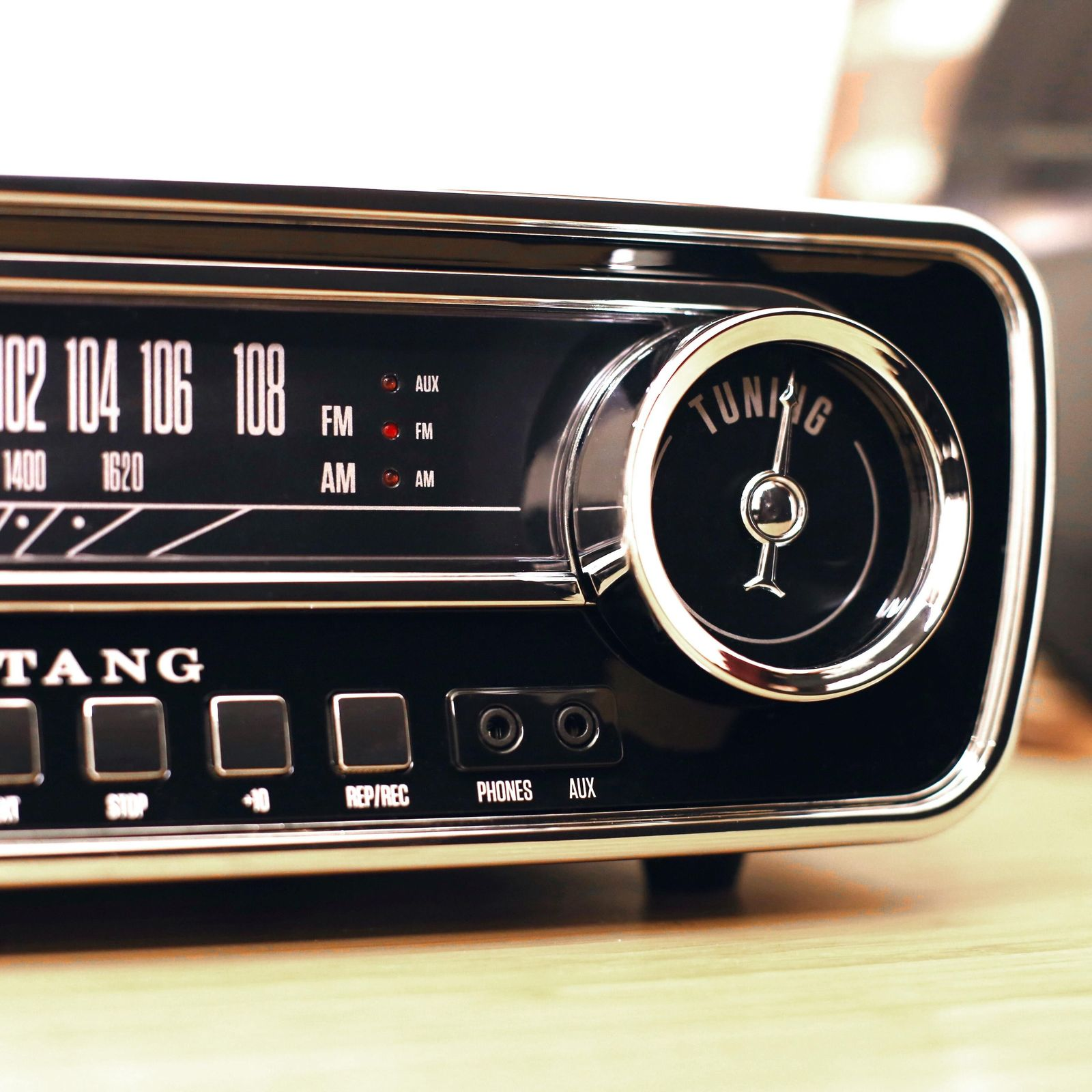 ION Mustang LP 4-in-1 Classic Car-Styled Music Center (Black) image