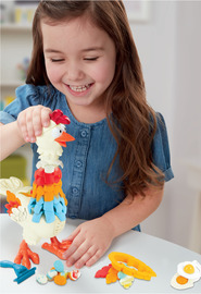 Play-Doh Animal Crew: Cluck-a-Dee Feather Fun Chicken