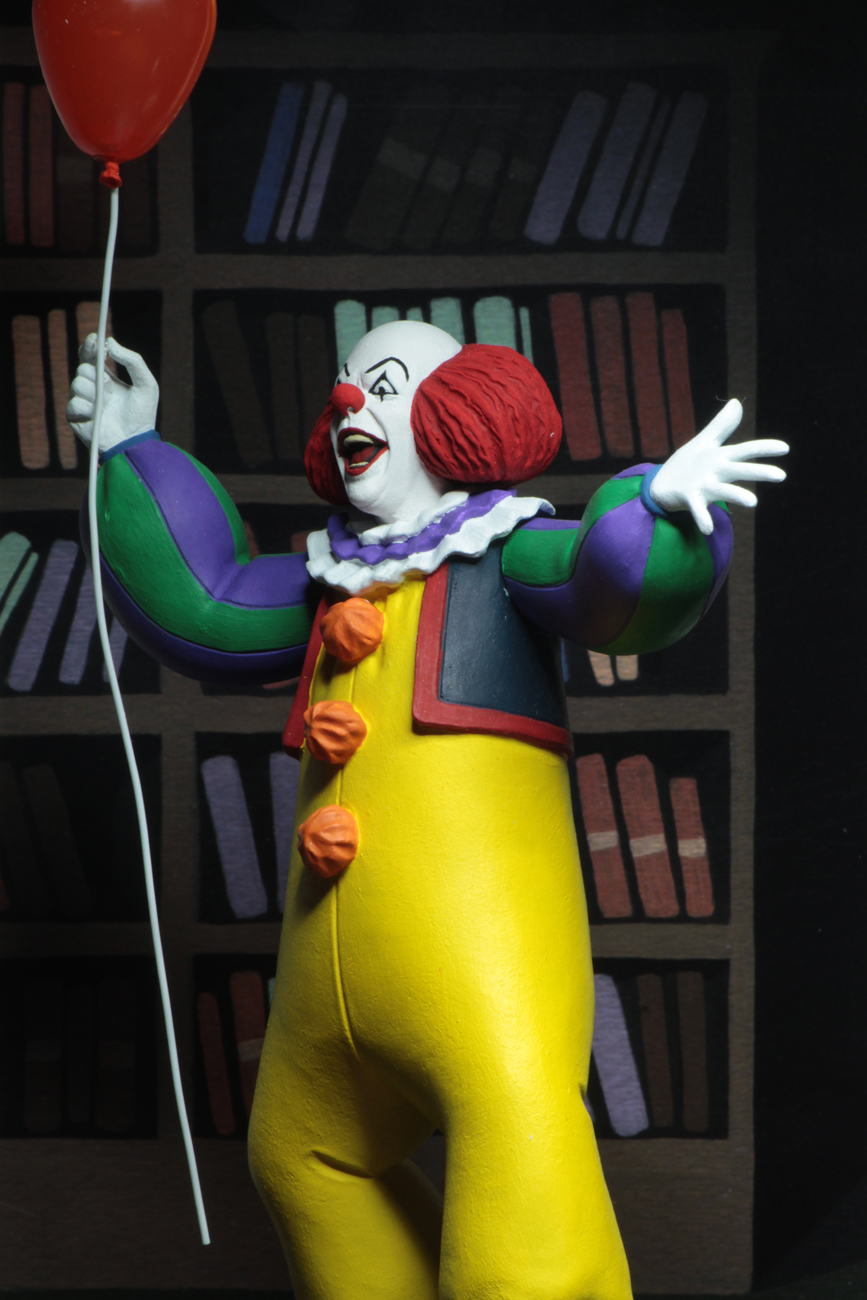 """Toony Terrors: Pennywise (IT 1990) – 6"""" Action Figure image"""