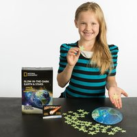 National Geographic: Glow in the Dark Earth & Stars - Science Kit image
