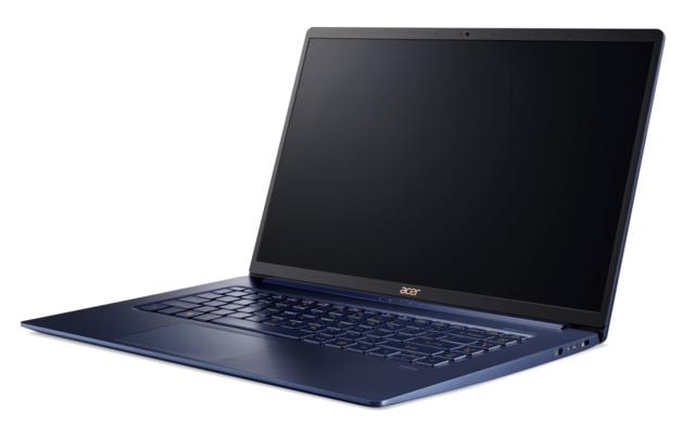 15.6 Acer Switf 5 Laptop i7 8GB RAM 512GB SSD