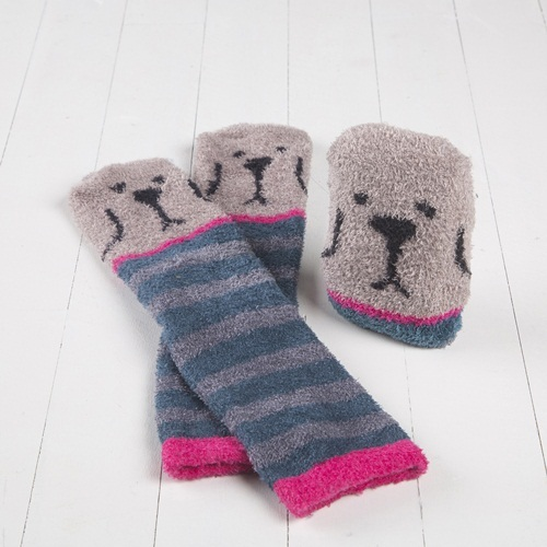 Natural Life: Cozy Crew Socks - Grey Dog