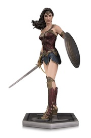 Justice League (Movie) - Wonder Woman Statue