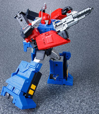 Transformers Masterpiece - MP31 Delta Magnus Figure