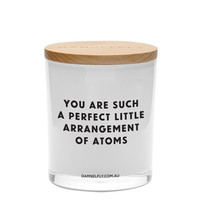 Perfect Arrangement of Atoms Candle (XL, White)