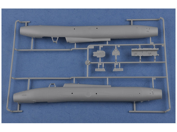 Hobby Boss: 1/48 Su-17UM3 Fitter-G - Model Kit image