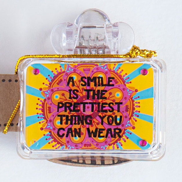 Natural Life: Toothbrush Cover - Smile Prettiest