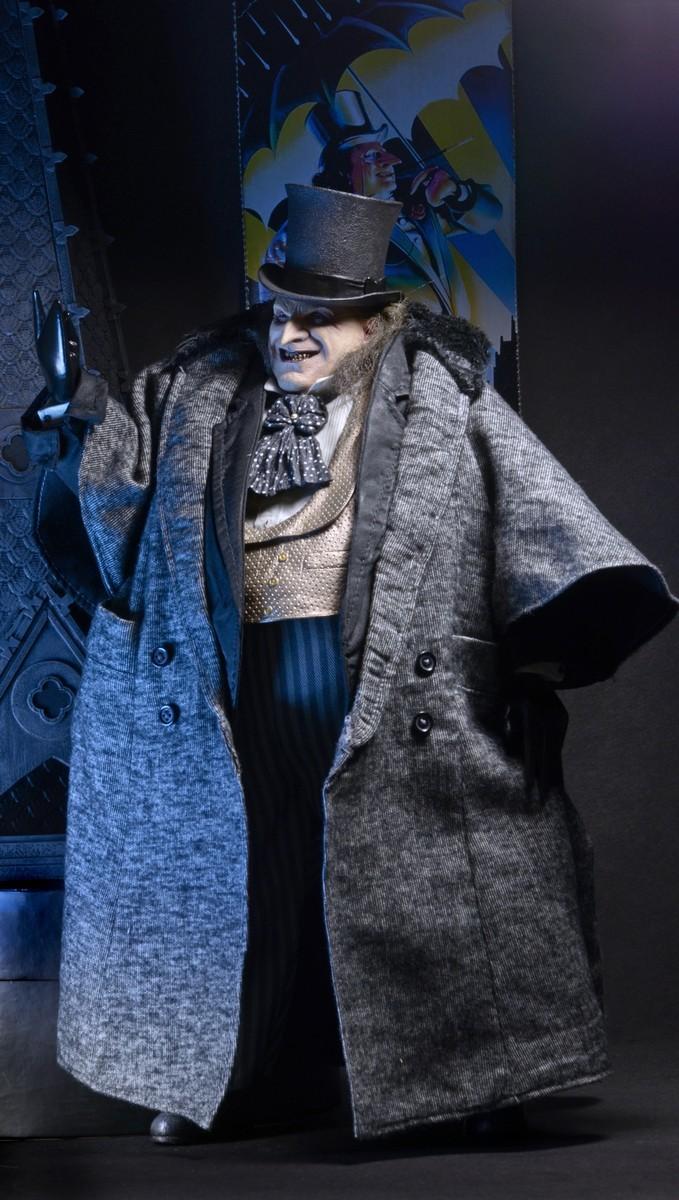 Batman Returns - Mayoral Penguin 1:4 Scale Figure image