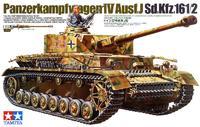 Tamiya: 1/35 Panzerkampfwagen IV Ausf.J - Model Kit
