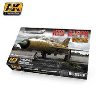 AK 1:48 Mig-21 PFM Model Kit
