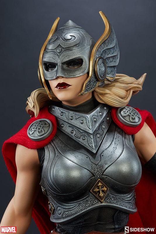 Marvel: Thor: Jane Foster - Premium Format Figure