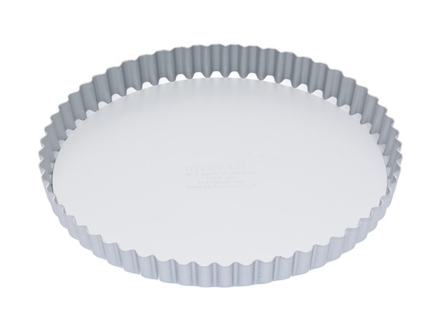 MasterClass: Silver Anodised Round Flan/Quiche Tin (23cm)