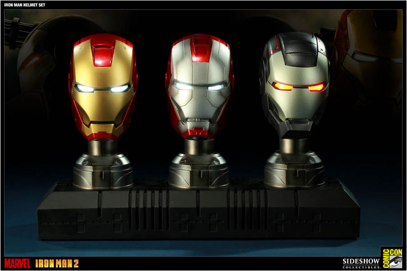 Iron Man Helmet Replica Exclusive Set image