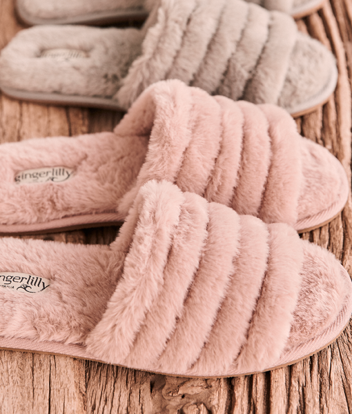 Gingerlilly: Arezzo Slipper Pink - Medium