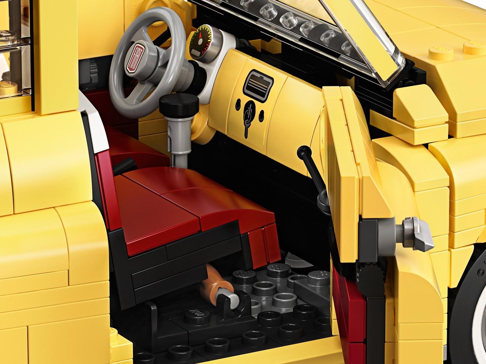 LEGO Creator - Fiat 500 (10271) image