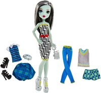 Monster High: Lots Of Looks - Frankie Stein Doll