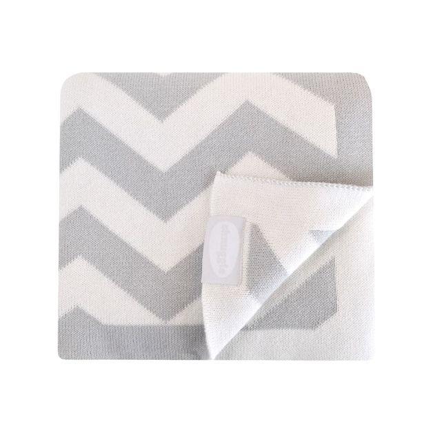 Shnuggle: Luxury Knitted Blanket - Grey Chevron