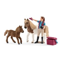 Schleich: Stablehand with Shetland Ponies