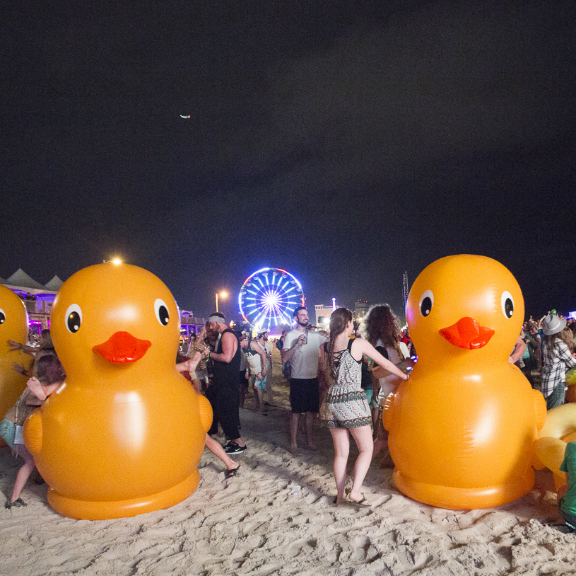 BigMouth Inc: Gigantic 7 Foot Rubber Duckie image