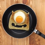 Fred: Toast Cutter - Egg Monster