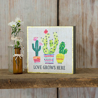 Natural Life: Bungalow Box Sign - Love Grows Here