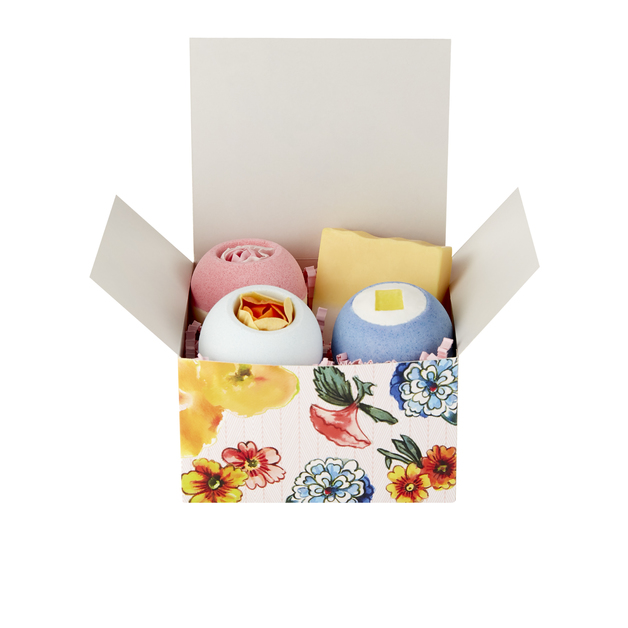 Vintage + Co Patterns & Petals Scented Bath Fizzer & Soap Set