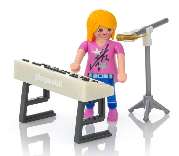 Playmobil: Special Plus - Singer with Keyboard (9095)