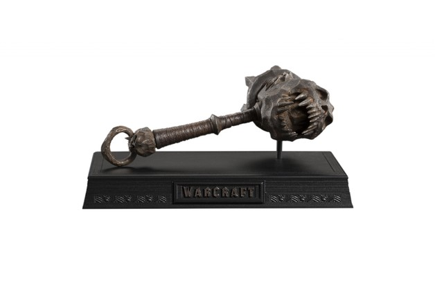 Warcraft Movie - 1:6 Skullbreaker of Blackhand Scale Replica