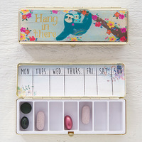 Natural Life: Daily Pill Box - Hang In There