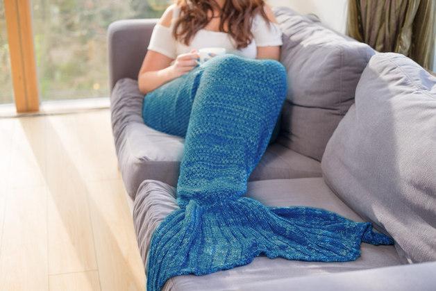 Mermaid Blanket (Blue)