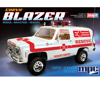 MPC 1976 Chevy Blazer Rescue 1/25 Snap Model Kit
