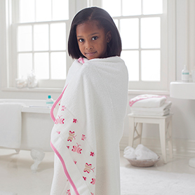 Aden + Anais Princess Posie Toddler Towel image