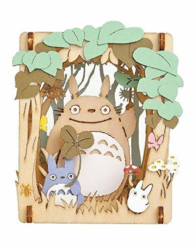 Paper Theatre My Neighbour Totoro: A moment in the shade of the trees