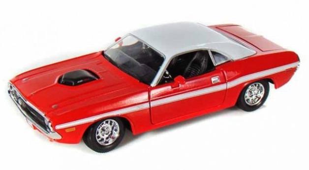 Maisto Special Edition: 1:24 Die-cast Vehicle - Dodge Challenger R/T (1970)