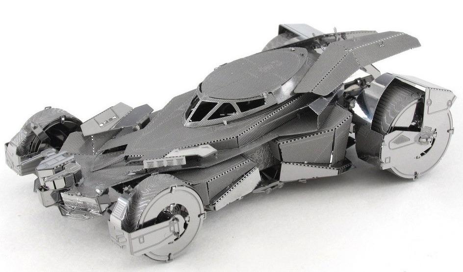 Metal Earth: Batman Vs Superman: Batmobile - Model Kit image
