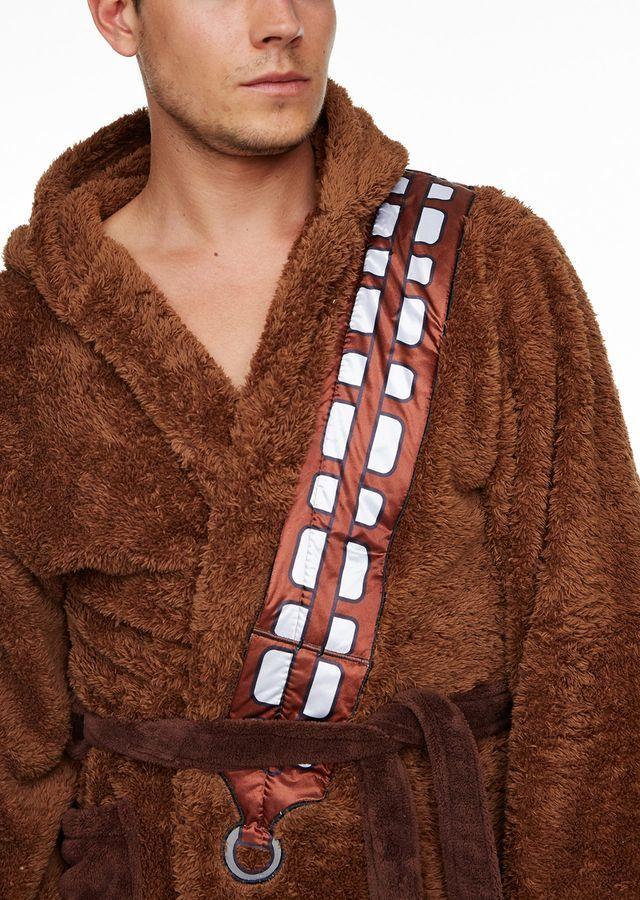 Star Wars: Hooded Bathrobe - Chewbacca image
