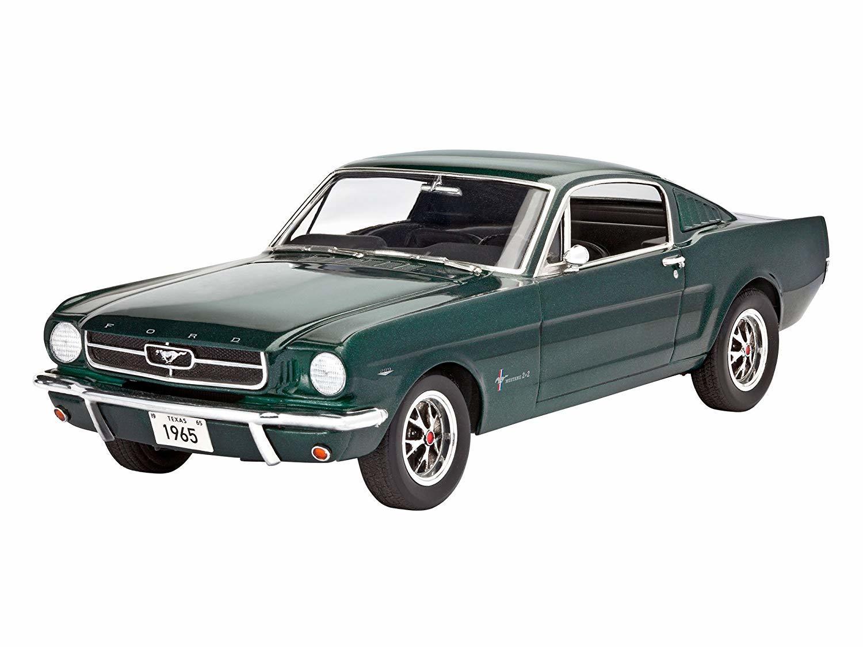Revell 125 1965 ford mustang 2 2 fastback plastic model kit image