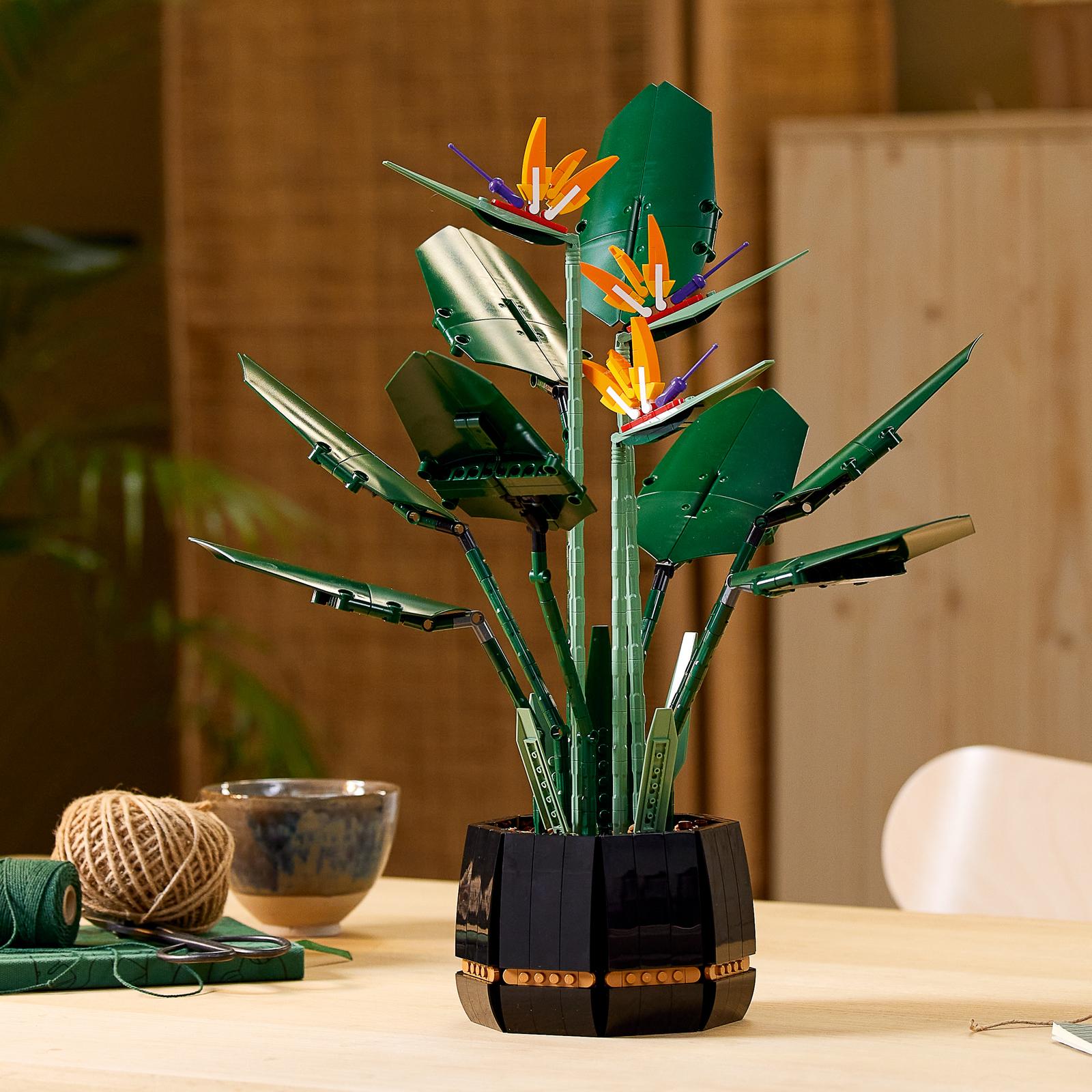 LEGO: Botanical Series - Bird of Paradise image