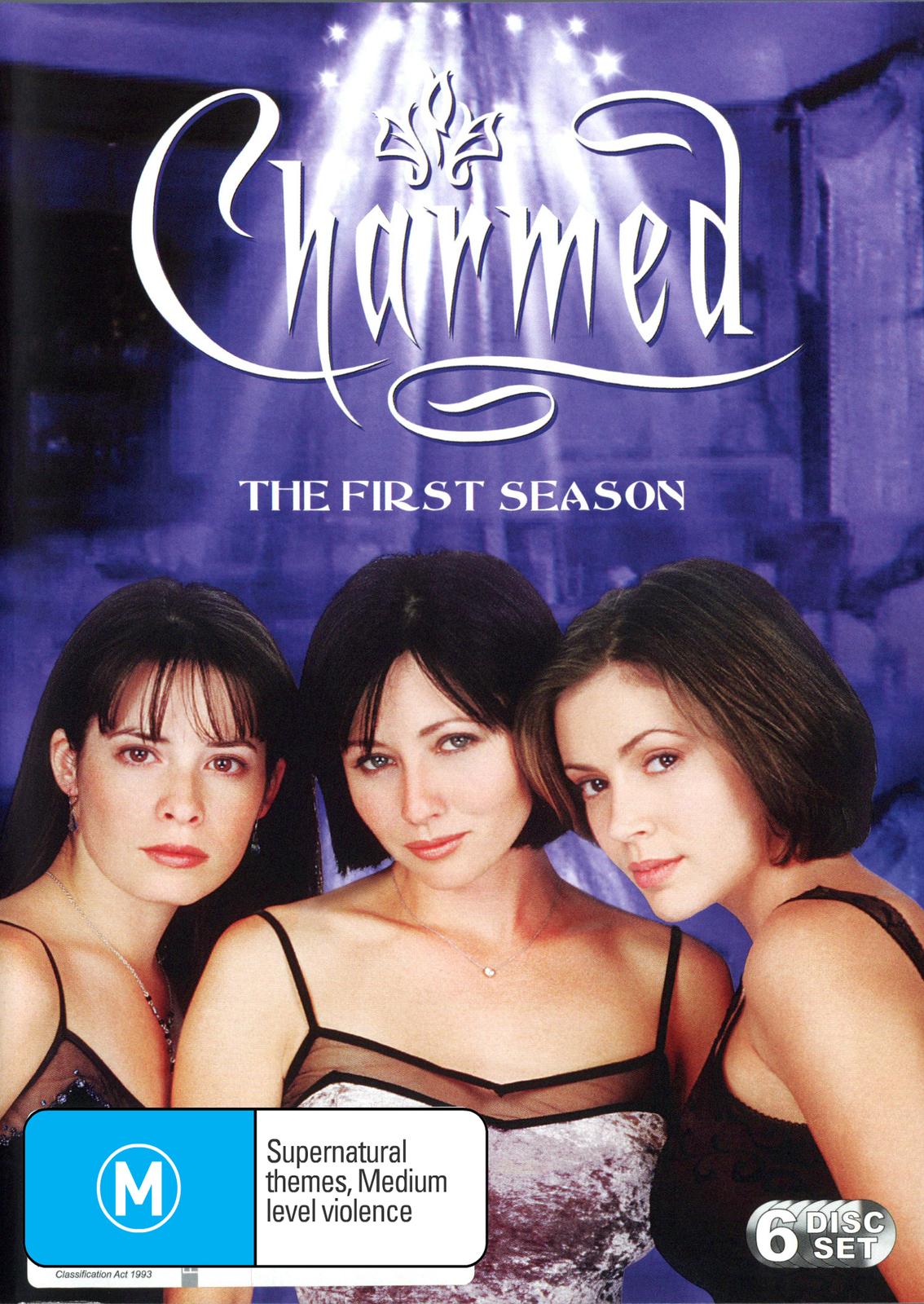 Charmed - Complete 1st Season (6 Disc Set) on DVD image