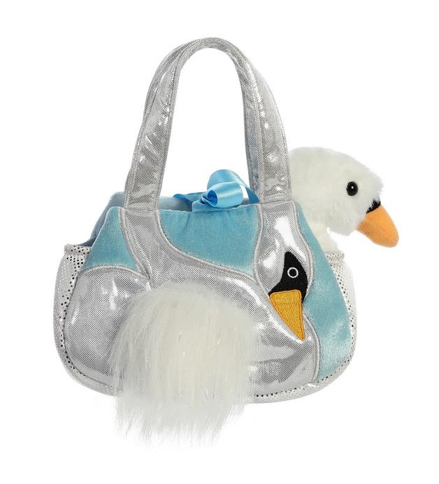 Aurora: Fancy Pal Pet Carrier – Fiona Swan