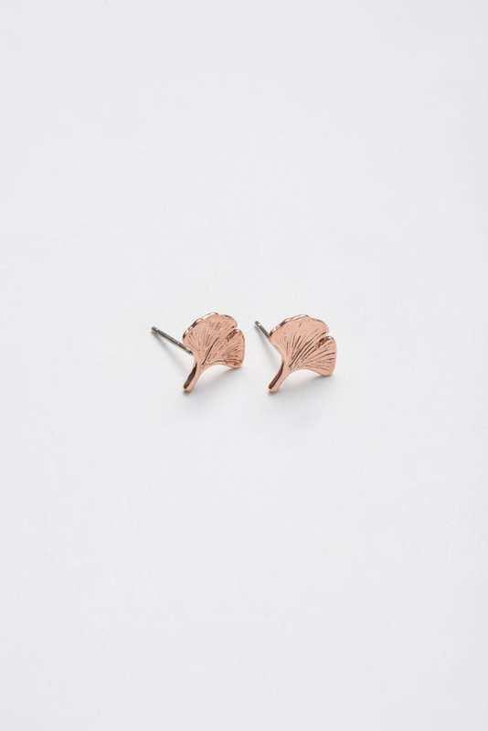 Stilen: Ava rose gold earrings