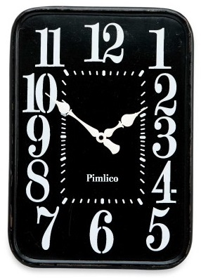 Decor Living: Black Iron Clock