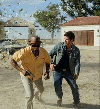 2 Guns on DVD image