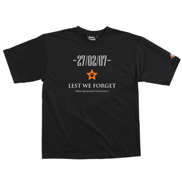 Lest We Forget - Tshirt (Black) Large for  image